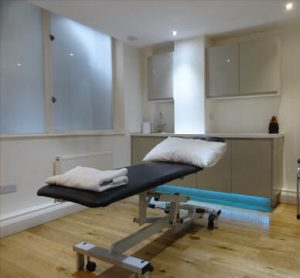 physiotherapist osteopath Moorgate Barbican