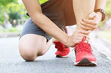 Ankle pain physiotherapist